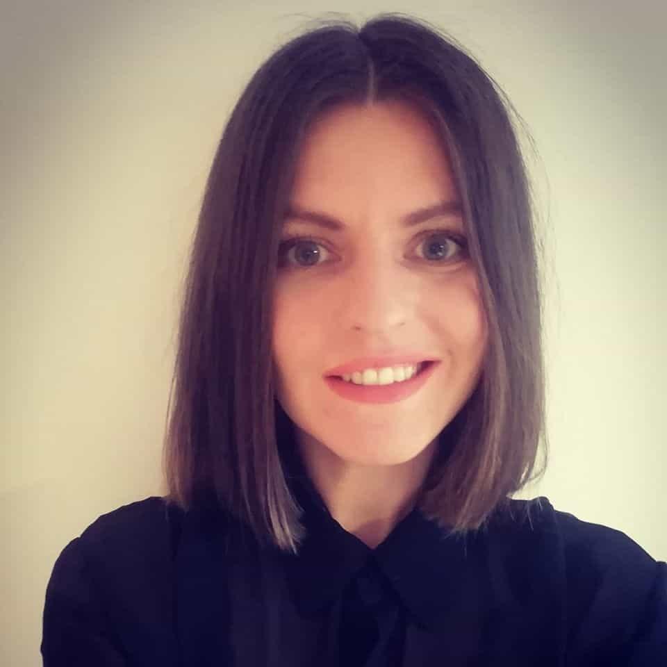 Roxana Lambert
