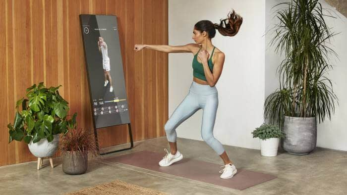 mirror app - artificial intelligence in online fitness